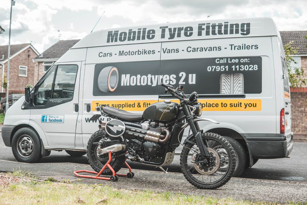 Mototyres 2 u mobilr motorcycle tyre fitting service van Lee Cooper Lincolnshire Spalding