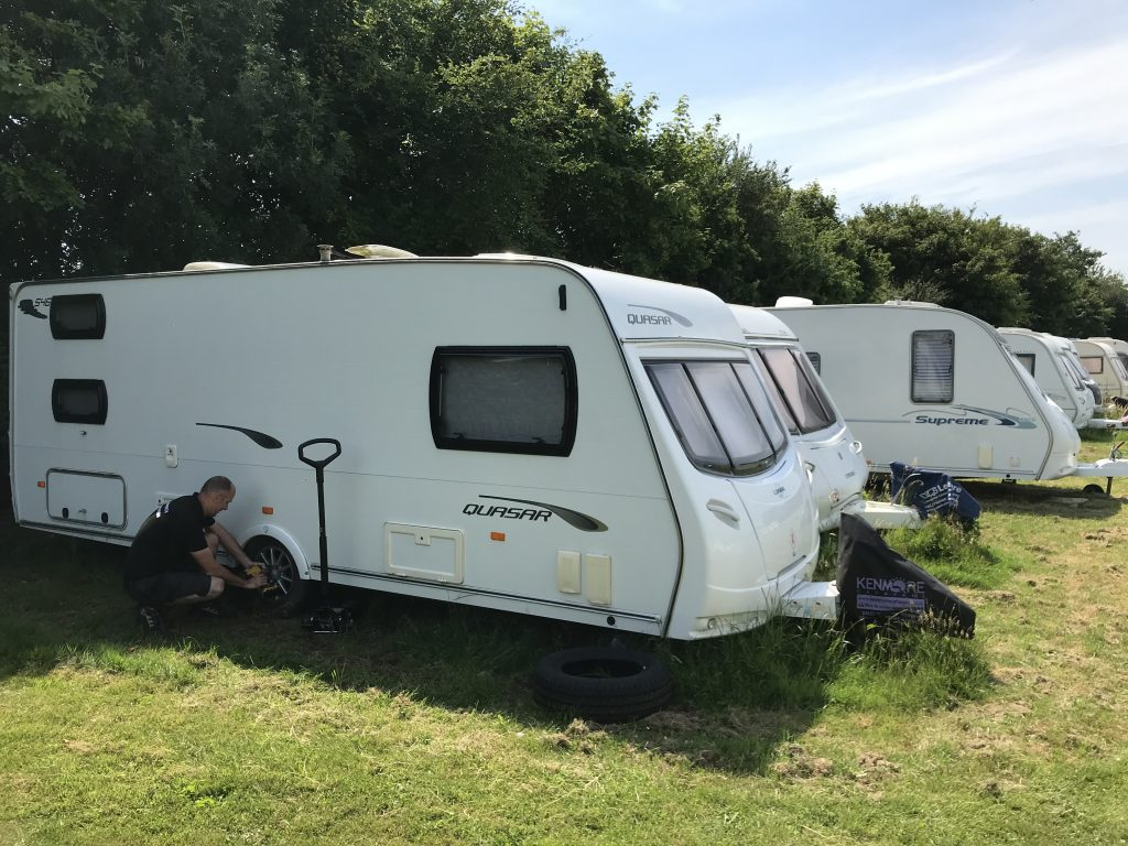 Mobile caravan tyre fitting at secure caravan storage compound by Mototyres 2 u Lincolnshire norfolk Cambridgeshire camper van motorhome