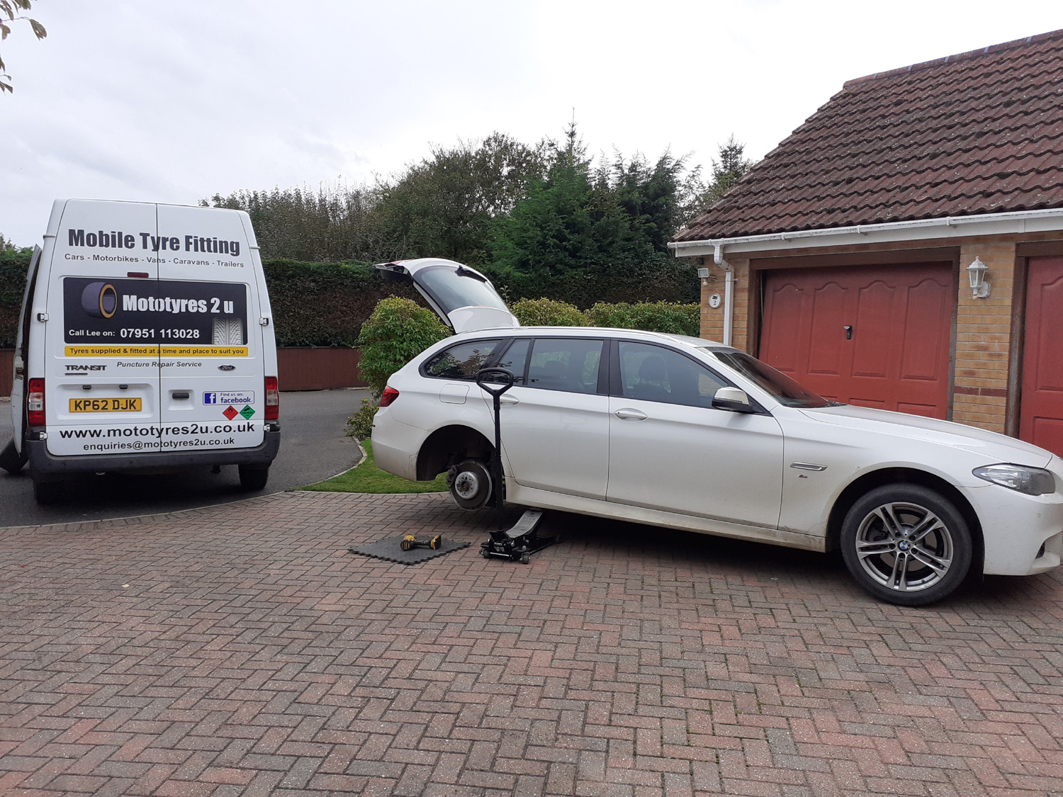 Mototyres 2 u Mobile Tyre fitting Lincolnshire Holbeach Tyres white bmw estate on drive